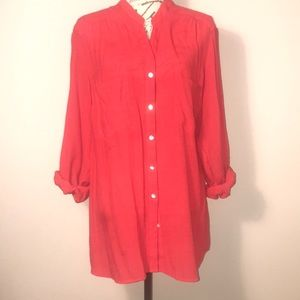 Kim Rogers red button-up tunic with 3/4 sleeves